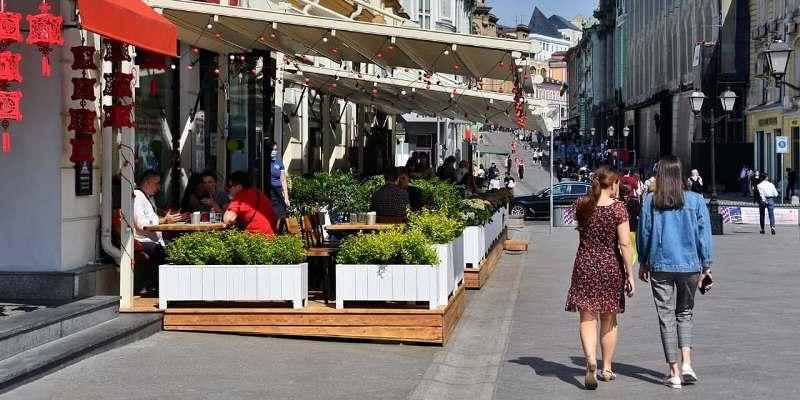 Майские праздники не повлияли на режим работы магазинов и кафе Москвы. Фото: mos.ru